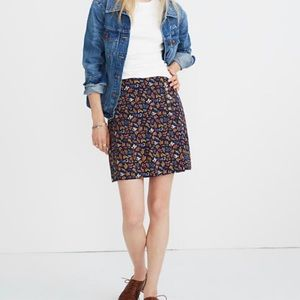 Madewell  side-button skirt size 00